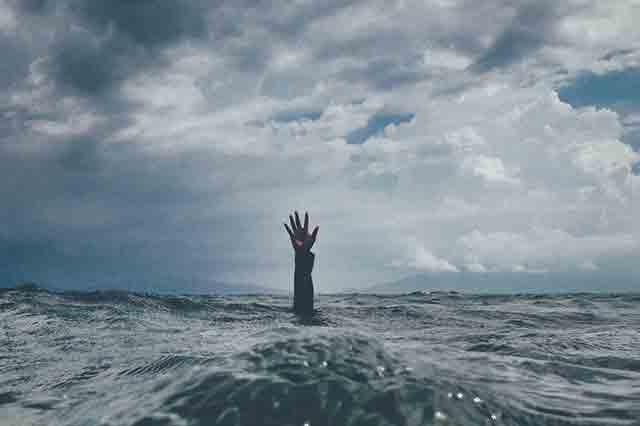 Hilferuf bei Stress - wenn das Wasser bis zum Hals steht